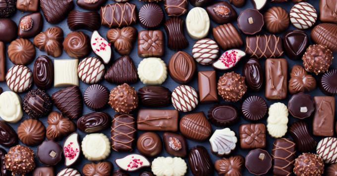 歴史 固形 チョコレート